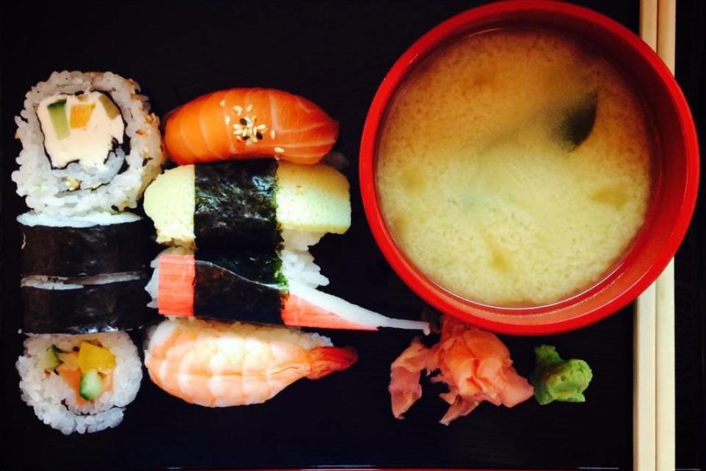 Tawikoon Sushi Bar